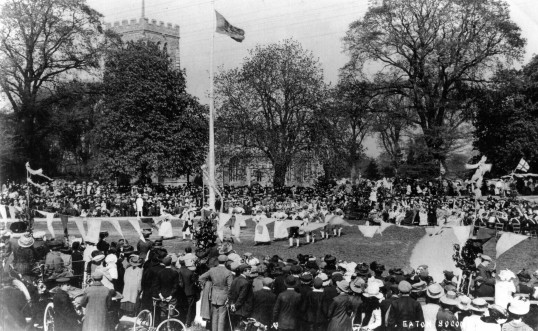 May Day celebrations on Eaton Socon Village Green - pre 1910-1914