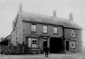 The Chequers Public House, Swavesey.. Description