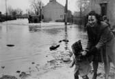 High Street floods Swavesey. Description