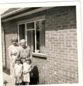 Edith Shaw with Daughter Murial Shaw and Grand daughters Jane and Judith.