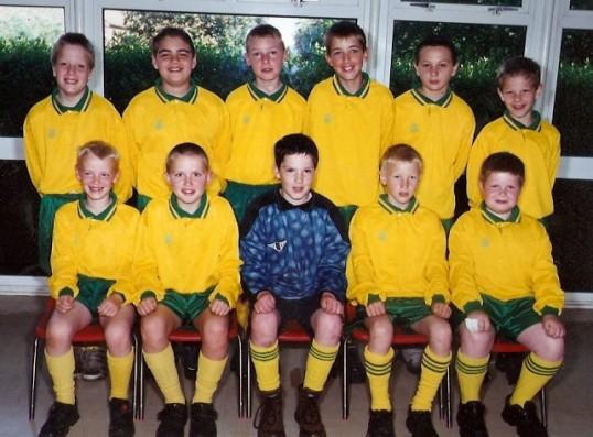 Wilburton school football team year 5 and 6