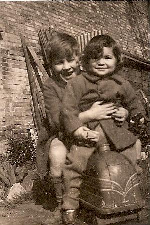 Graham and Maureen Hudson at Wilburton