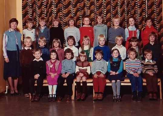 Wilburton  school class 2