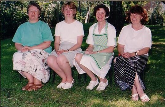 Agroup of  lady helpers at Wilburton school