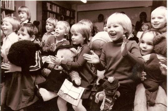 Wilburton school children visiting Ely Library