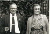 Ernest & Maud Barber (nee Yarrow, one of Frank Yarrow's sisters) married in 1929