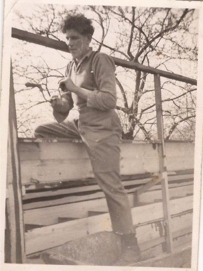 Gordon (Pop) Day building a chicken house on Ivor Everitts farm