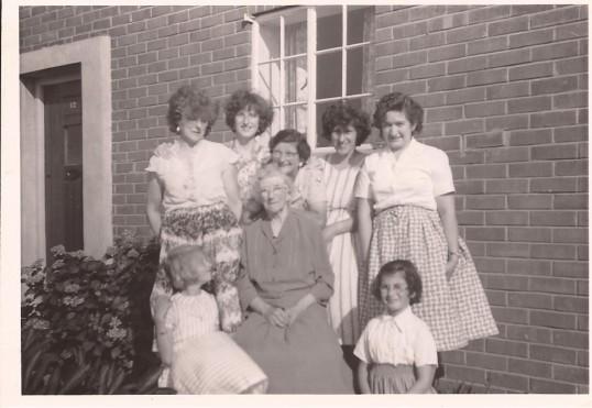 Mrs Smith (senior), Mabel Smith, Bettie White, Rene Bearcock (nee Smith), June Bearcock & Rita Bearcock at no 12 Berristead Close, Wilburton