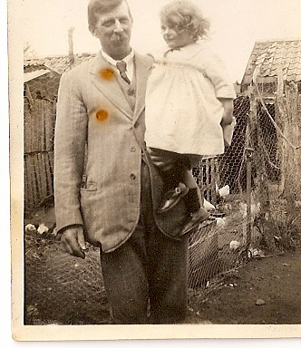 Joan Vessey as a child with her father Ben Vessey (Wilburton).