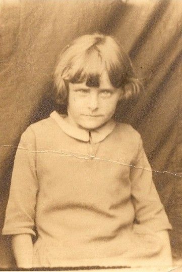 Joan Vessey as a child (Wilburton)