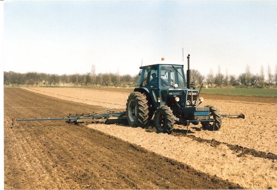 Preparing land for sugarbeet