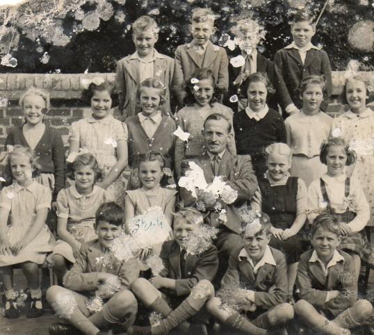 Wilburton School, High Street. Class group.