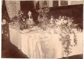 Wedding reception table of Mr. & Mrs F.W Everitt, Wilburton.