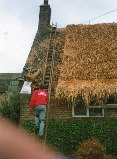 Thatching house in Wilburton