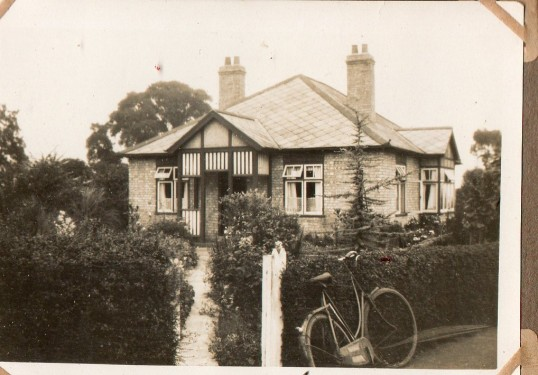 Doris Moxon's bungalow, Clarks Lane. Now demolished.