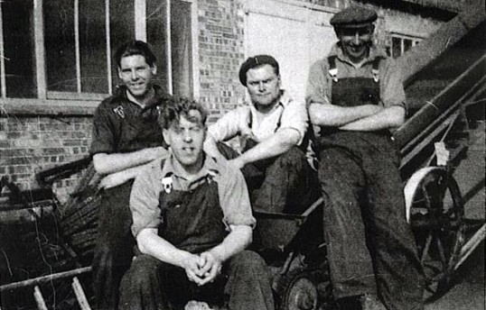 Foundry workers at W. Cooks of Yaxley