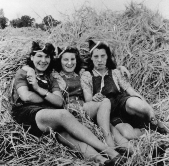 land army girls at wyboston land settlement in 1945 female people