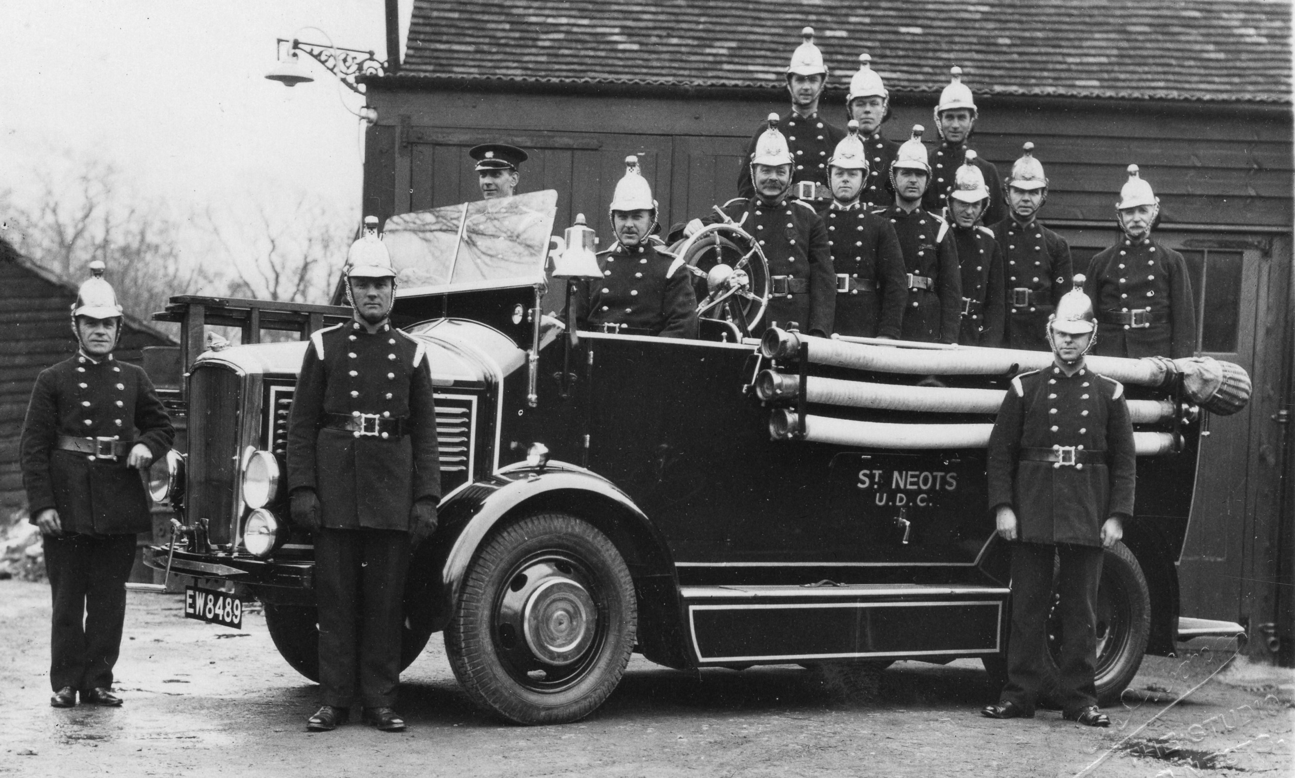 St Neots Fire Engine and crew in the 1930s | Groups, Male